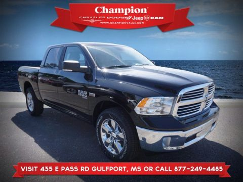 New 2019 RAM 1500 Classic Big Horn 4WD 5ft7 Box