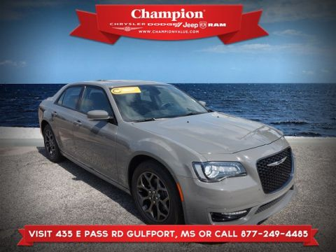 Certified Pre-Owned 2018 Chrysler 300 S AWD